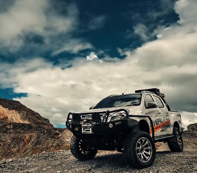 ISUZU V-Cross Dress Up by OVERLAND